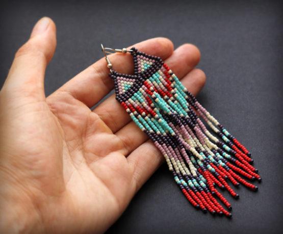 купить работы из бисера длинные серьги в стиле бохо