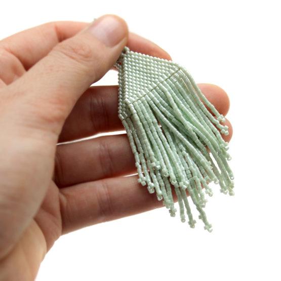длинные мятные серьги ручной работы купить