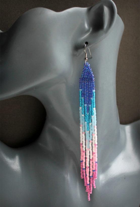 Купить модные длинные сережки из бисера подарок девушке до 2000 рублей