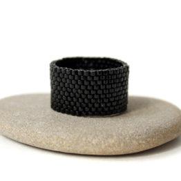 купить широкое черное женское кольцо недорого в интернет магазине