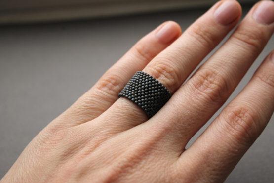 матовое темно серое кольцо мужское купить