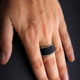купить черное широкое кольцо для женщин колечко из бисера