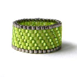 купить салатовое женское кольцо ручной работы