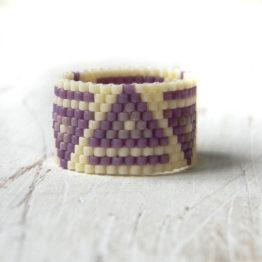 Купить широкое современное кольцо. Бижутерия из бисера