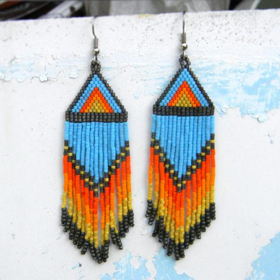 купить разноцветные бисерные серьги в этническом стиле