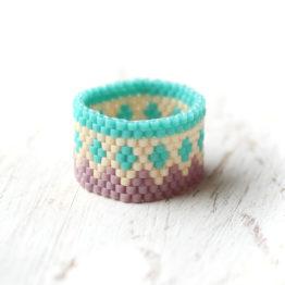 купить нежное кольцо ручной работы