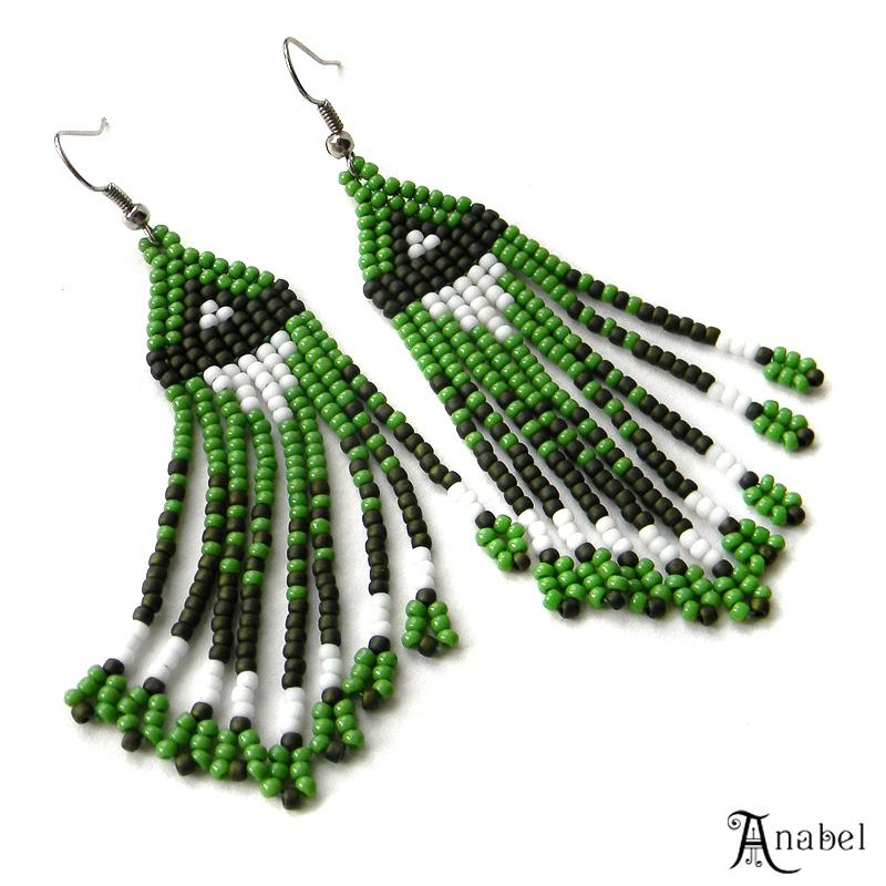 Длинные висячие зеленые сережки из бисера купить цена