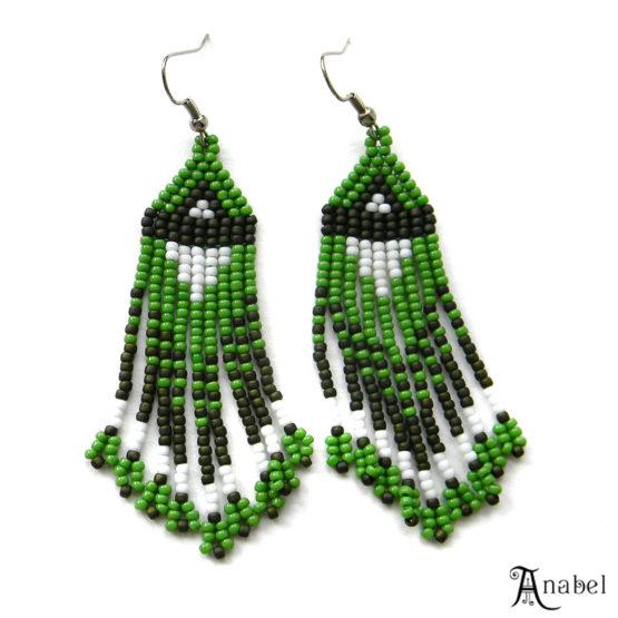 купить зеленые сережки бижутерия ручной работы россия