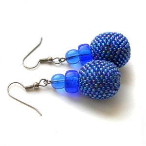 Серьги-шарики из бисера синего цвета
