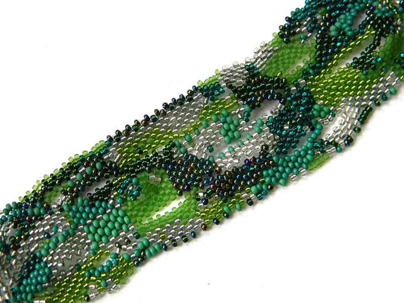 зеленые браслеты на руку