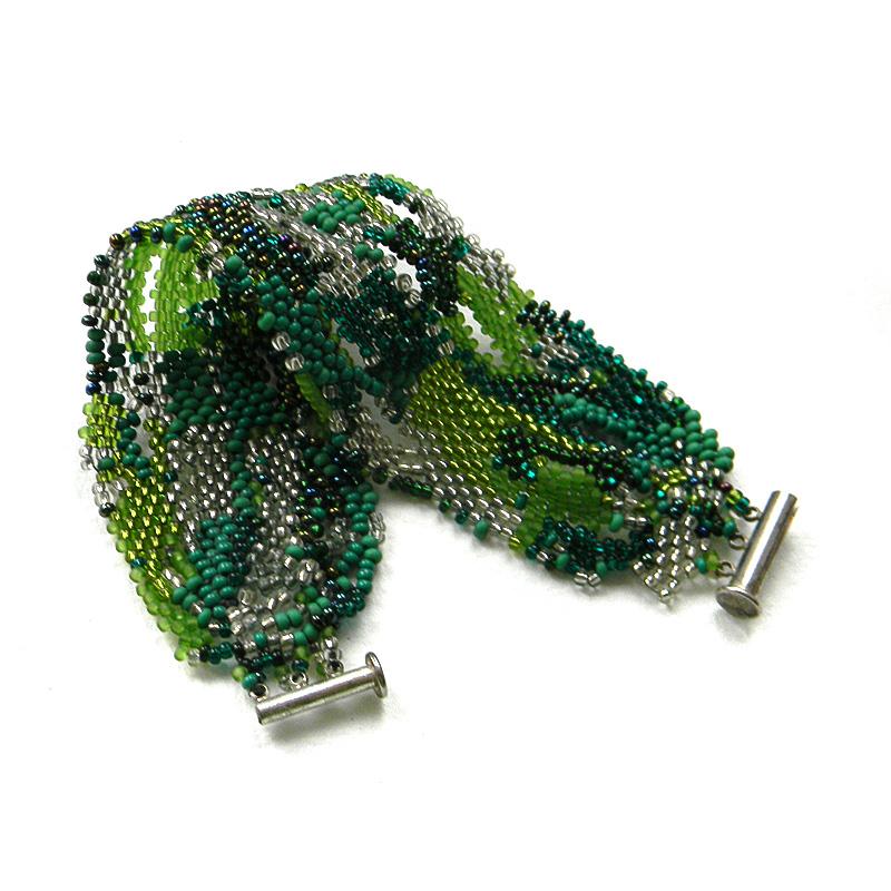 зеленые женские браслеты