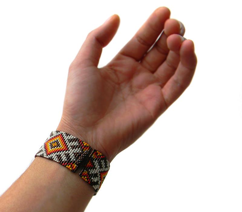 браслет широкий этнический на запястье 16 см