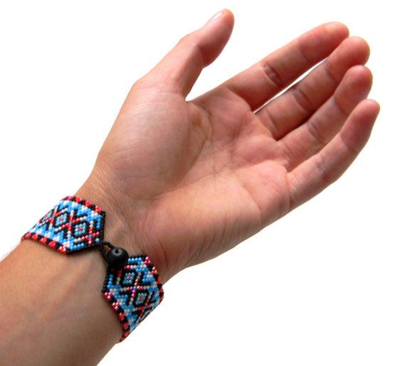 модные молодежные браслеты из бисера купить цена оригинальные авторские украшения