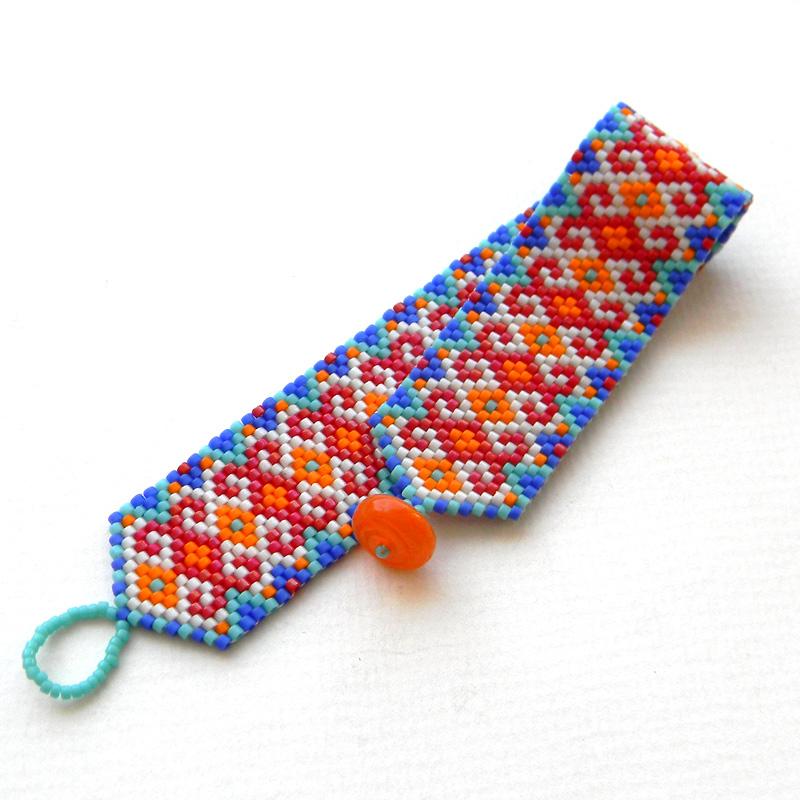 молодежные браслеты на руку