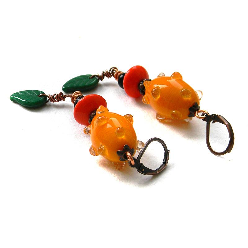 Яркие оранжевые серьги в этно стиле