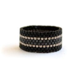 """Купить стильное чёрное кольцо в интернет-магазине """"Украшения от Anabel"""""""