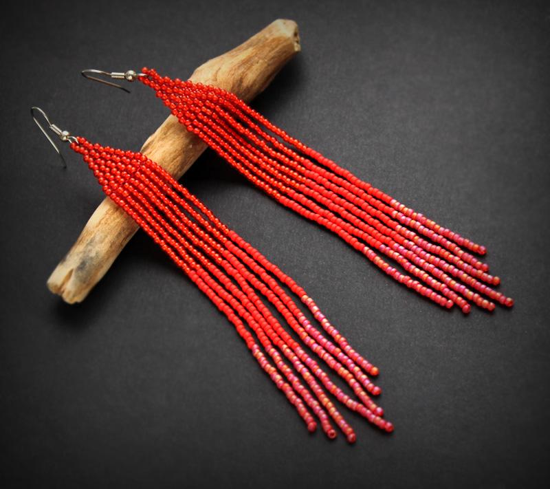 длинные красные серьги из бисера купить