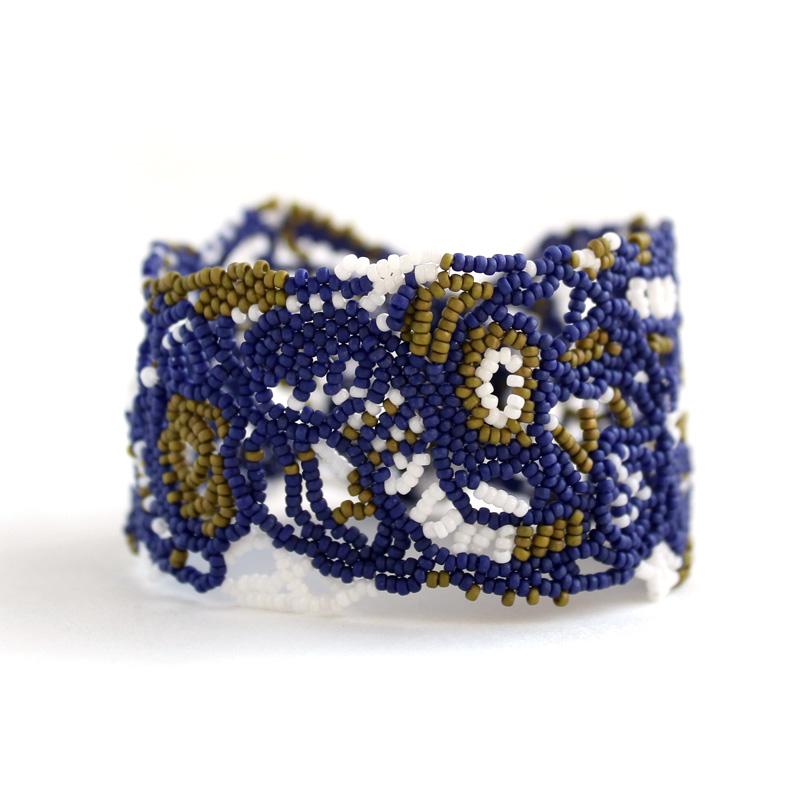 купить ажурный бисерный браслет необычного дизайна