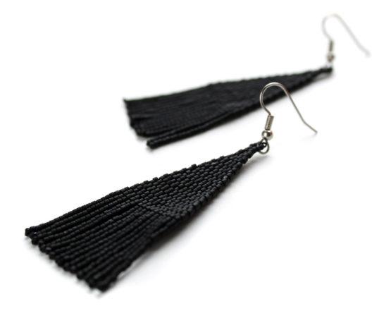 купить длинные черные серьги бижутерия ручной работы из бисера