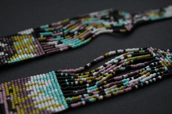 купить необычные украшения на шею из бисера герданы длинные колье дорого