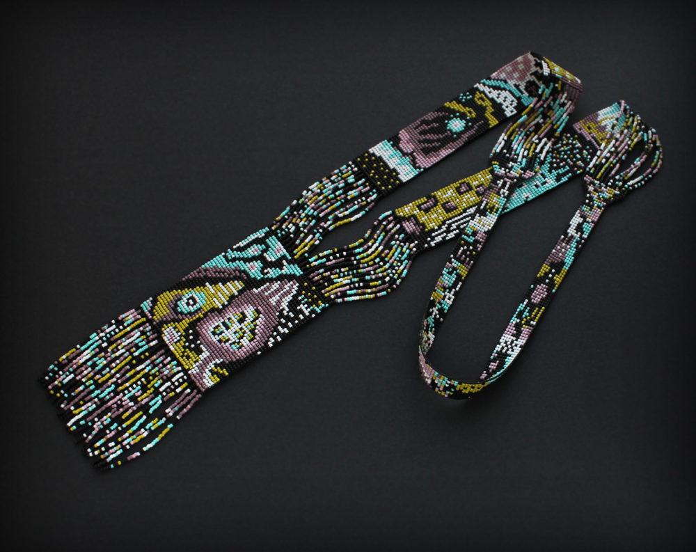 Длинное необычное колье ручной работы из бисера