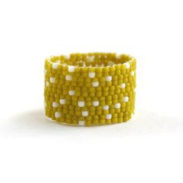купить авторское необычное кольцо ручной работы из бисера