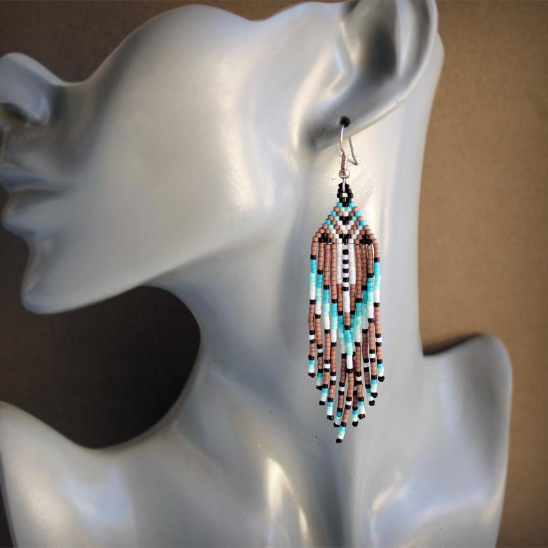 купить необычные бисерные серьги в стиле бохо бижутерия