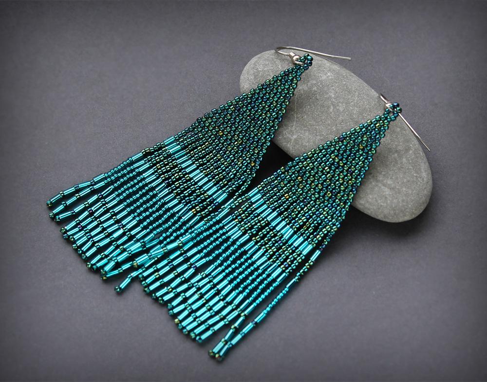 длинные бисерные сержки в стиле бохо шик