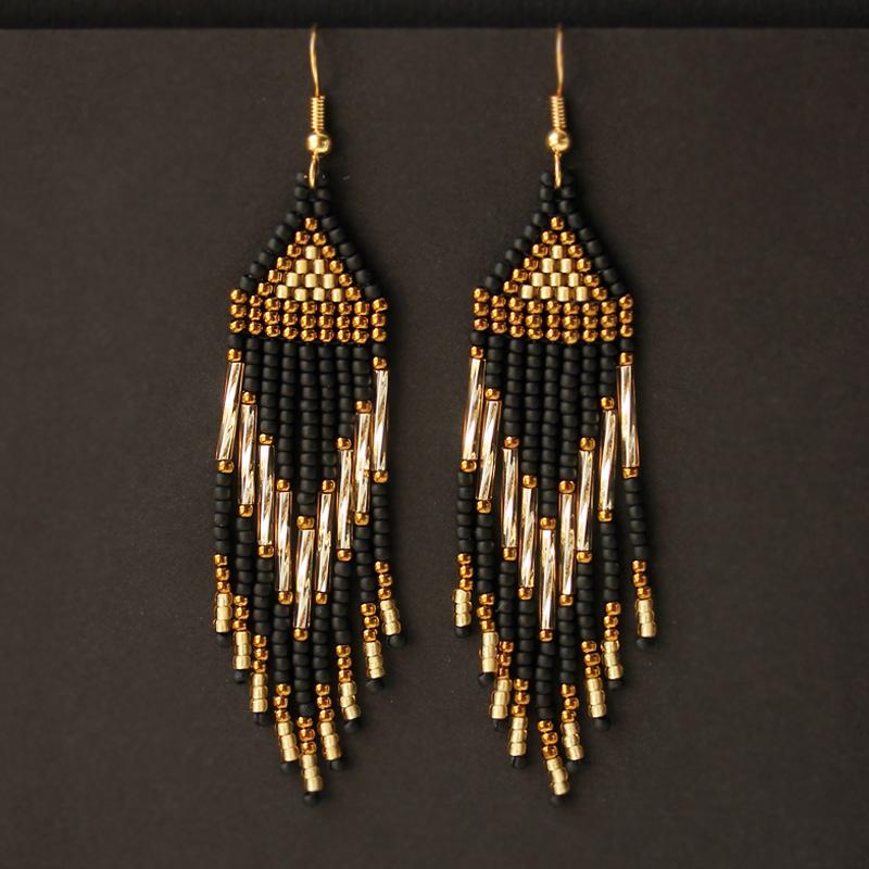 черные с золотым висячие сережки из бисера купить