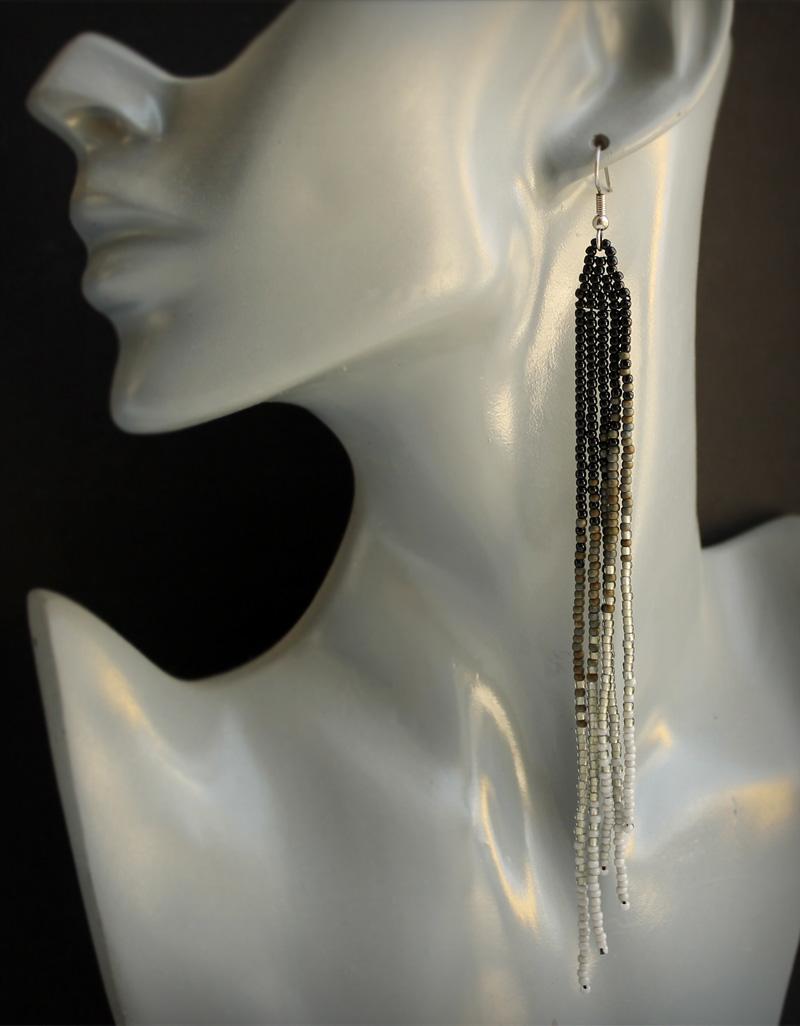 Купить длинные висячие черные сережки бижутерия ручной работы