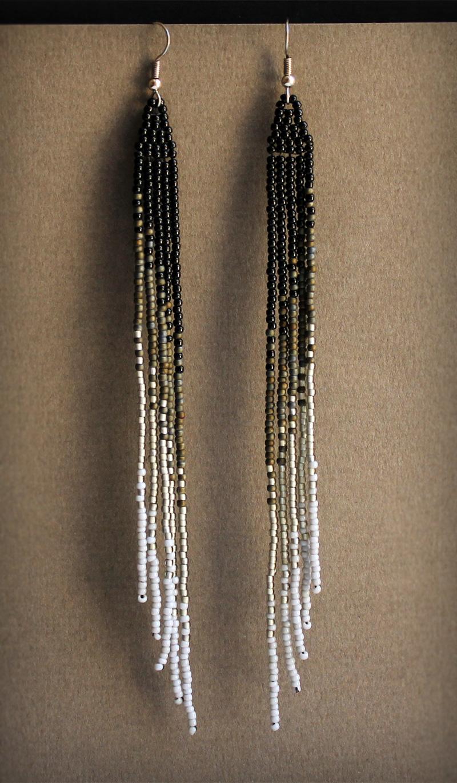 купить очень длинные серьги из бисера до плеч и ниже черные серые