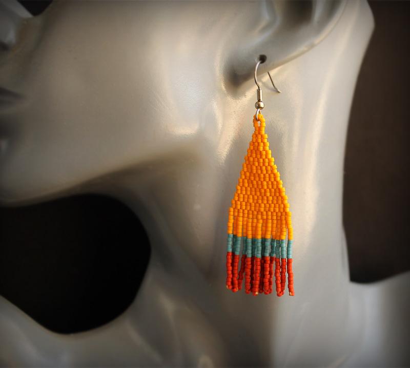 купить длинные цветные сережки из бисера ручной работы