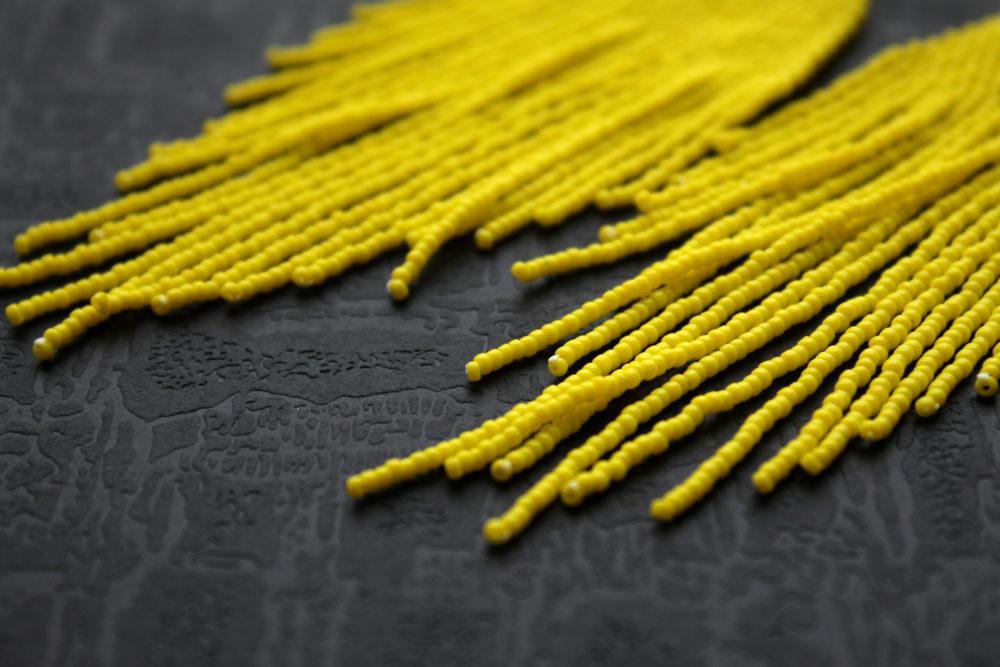 желтые серьги фото яркие бисерные серьги в стиле бохо
