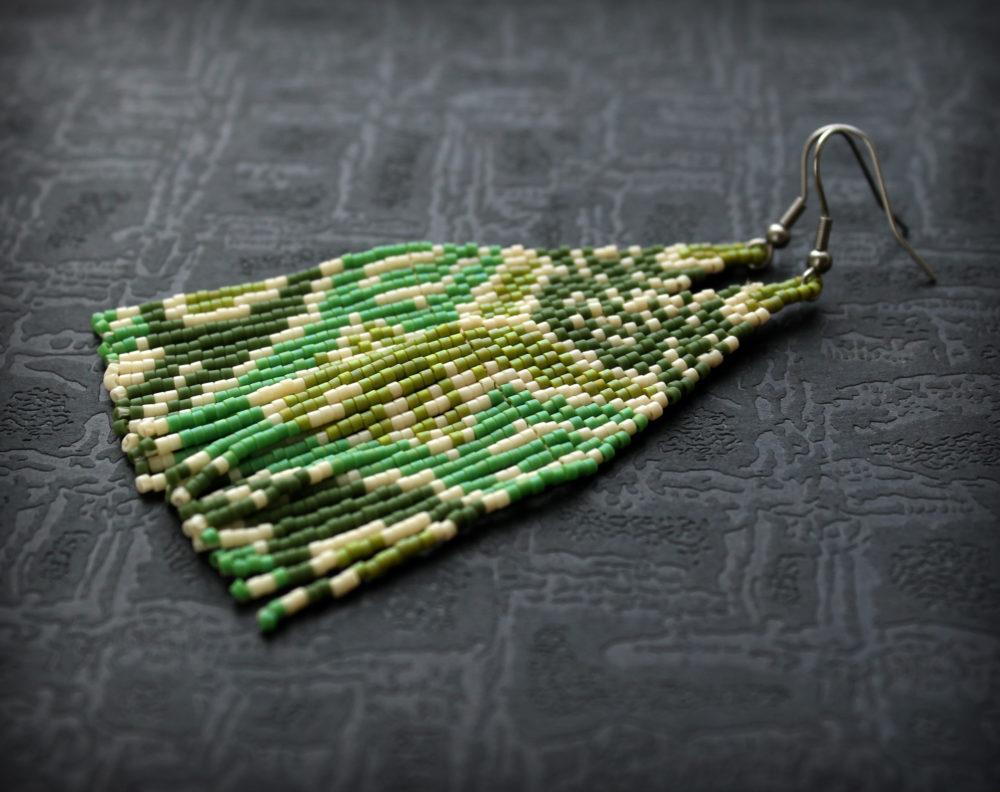 необычные сережки купить серьги из бисера