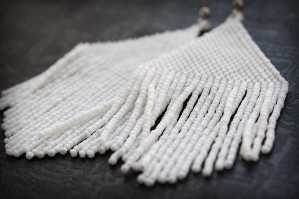 купить белые серьги из бисера серьги кисточки