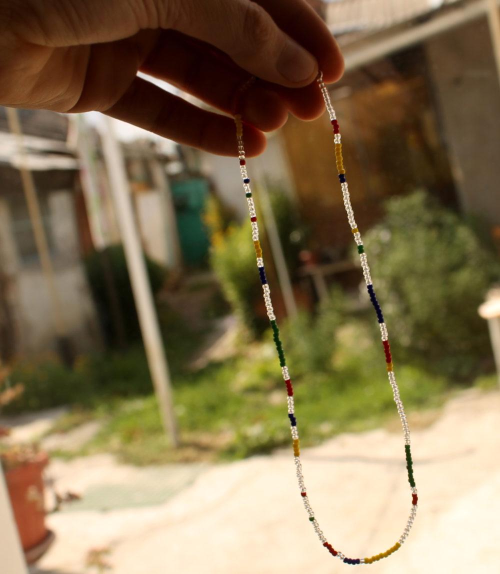 бисерное ожерелье чокер в стиле хиппи