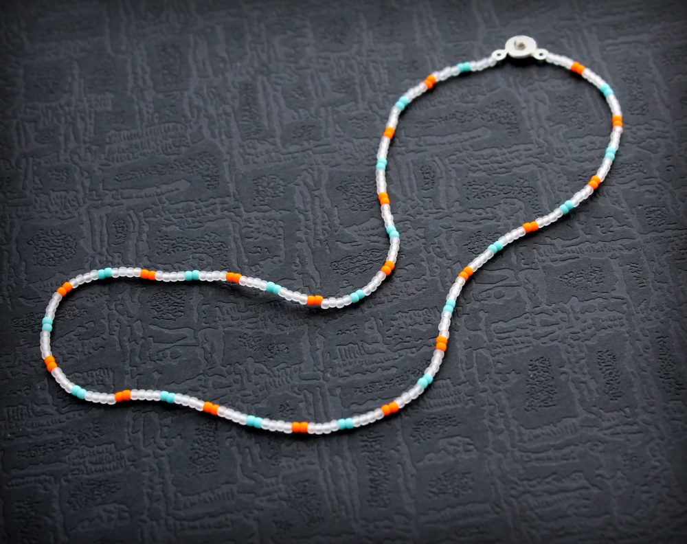 трендовое ожерелье из бисера 2020 2021