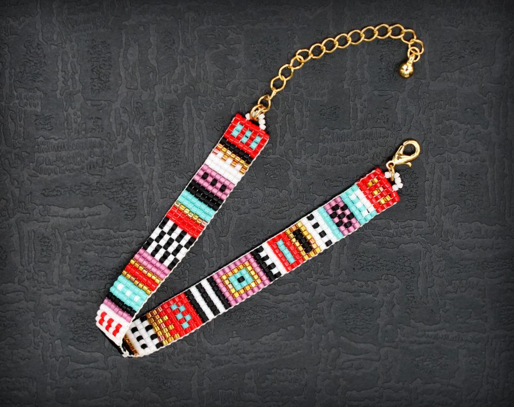 стильные женские браслеты