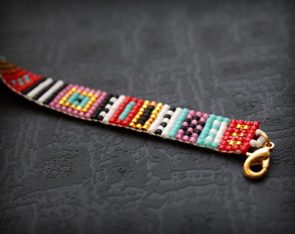 купить узкий браслет из бисера в стиле бохоо