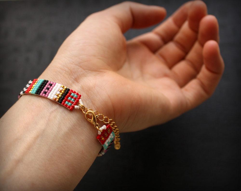 необычные браслеты ручной работы из бисера