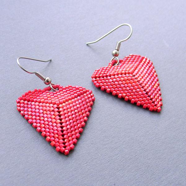 купить серьги в форме сердца