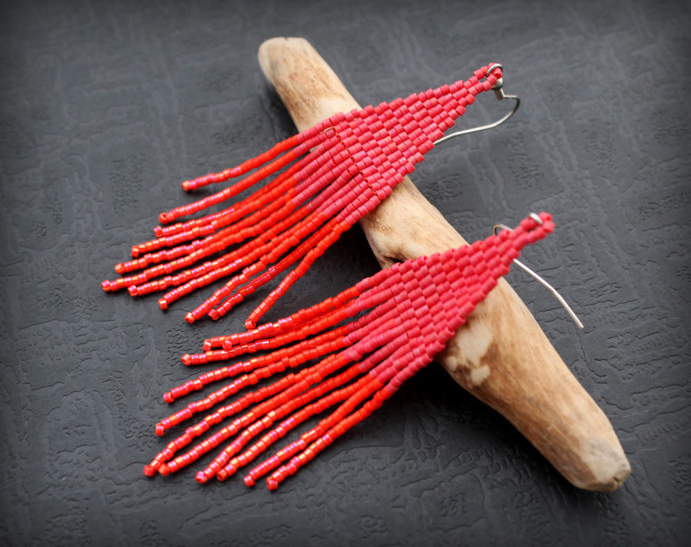 купить серьги красные длинные