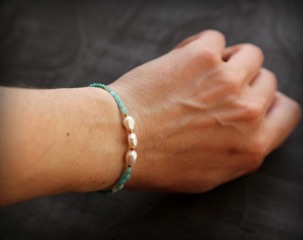 стильные браслеты из натуральных камней