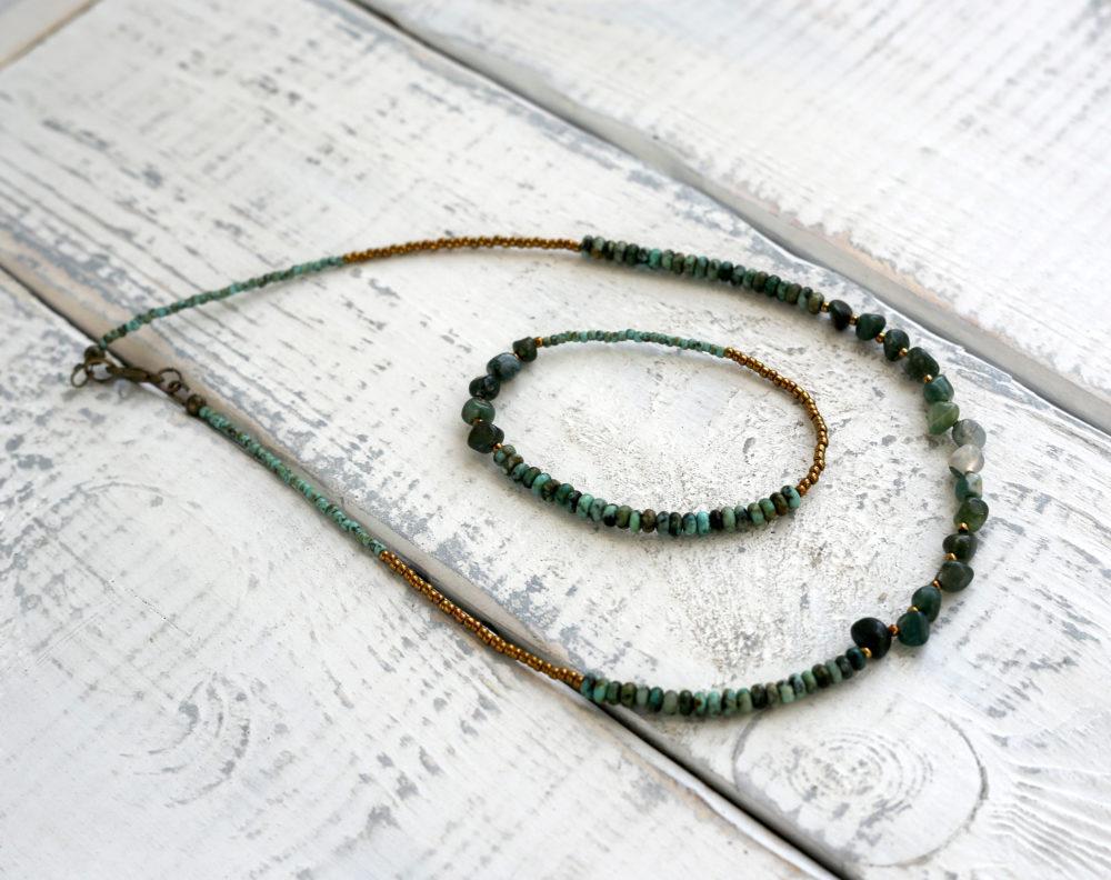 комплект украшений с натуральными камнями