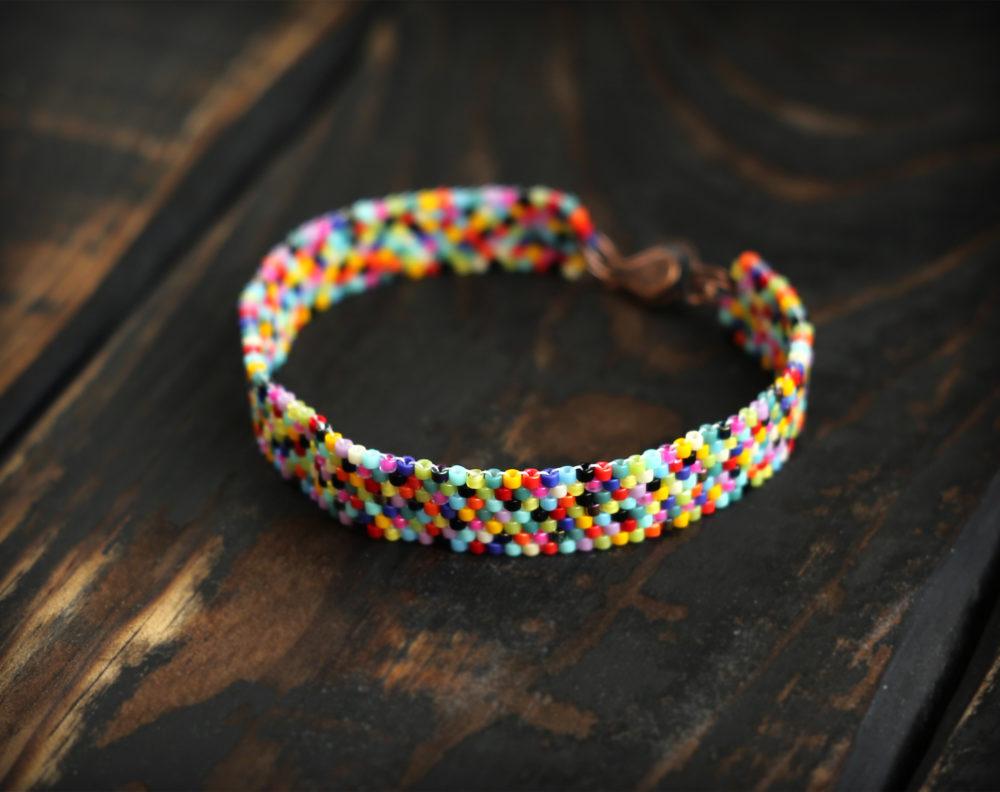 модные браслеты для девушек