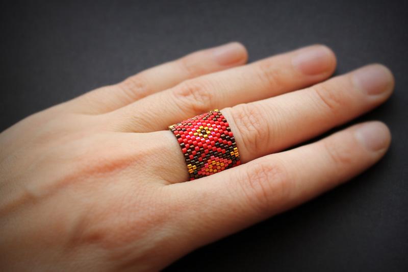 купить кольцо из бисера широкое