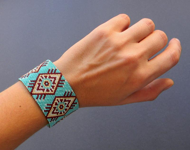 украшения из бисера браслеты