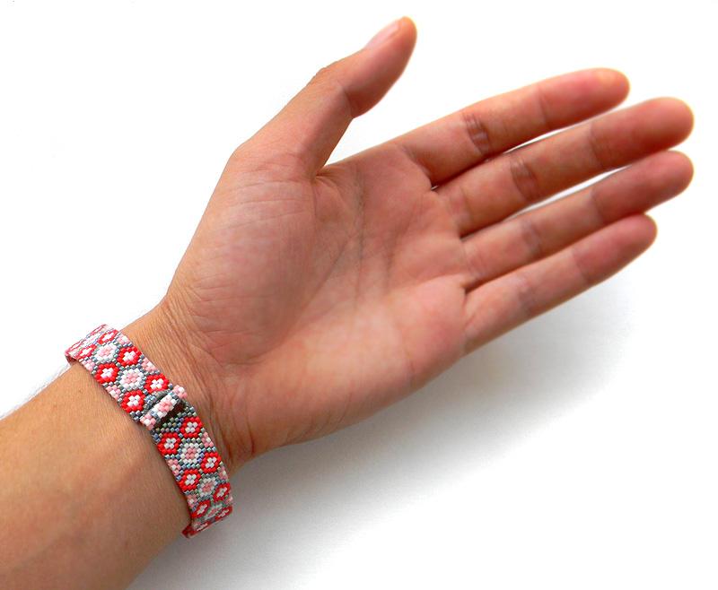 оригинальный браслет для девушки купить